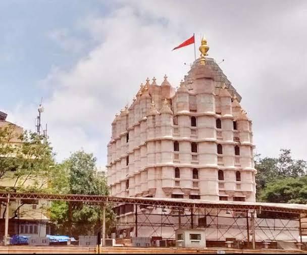 5. सिद्धिविनायक मंदिर, मुंबई