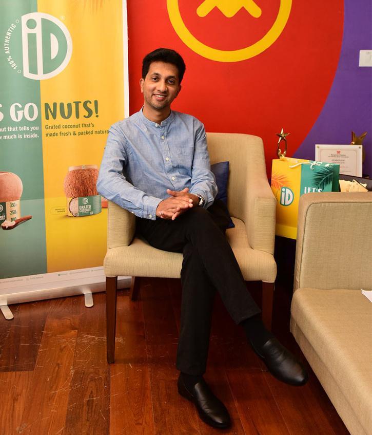 कुली के बेटे ने इडली सांभर से खड़ी की 100 करोड़ की कंपनी, सुनिए सफलता की कहानी