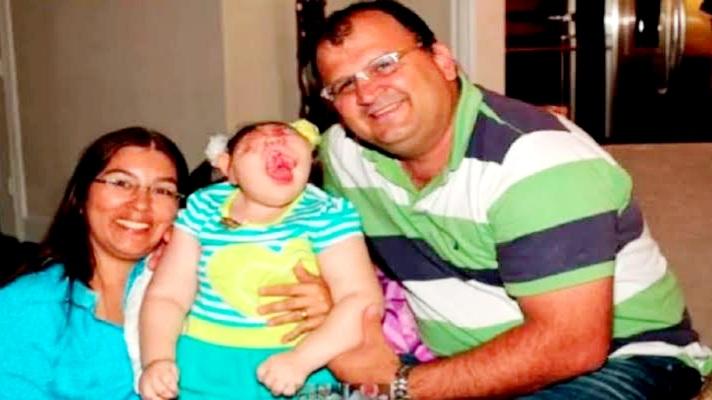 बिना आंख कान और मुंह की बच्ची, डॉक्टर ने कहा था नहीं बचेगी, अब मना रही अपना नौवां जन्मदिन